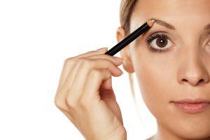 astuces crayons sourcils purobio maquillage bio