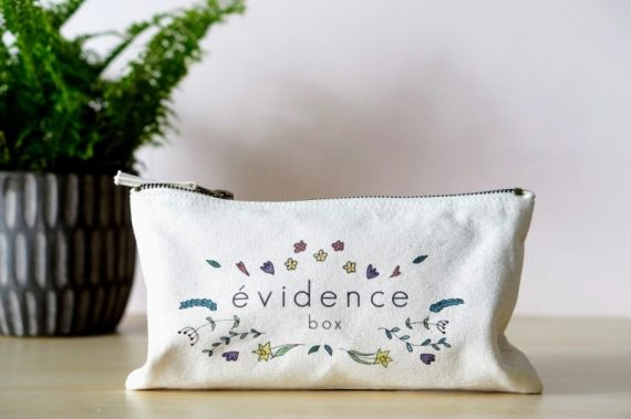 box evidence spring trousse