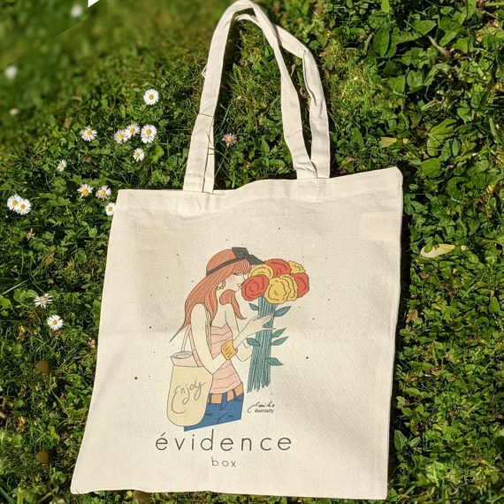 tote bag box evidence